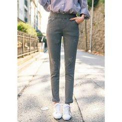 J-ANN - Elastic-Waist Distressed Jeans