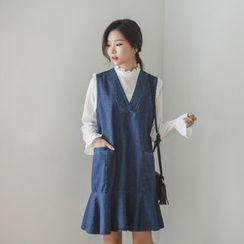 JUSTONE - Sleeveless Ruffle-Hem Denim Dress
