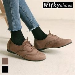 Wifky - Wing-Tip Faux-Suede Oxford Flats
