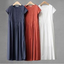 Rosadame - Short-Sleeve Maxi Dress