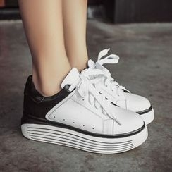 JY Shoes - Two Tone Platform Sneakers