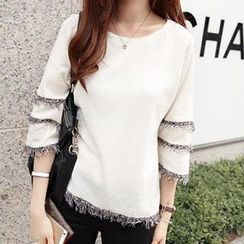 Dowisi - 3/4-Sleeve Fringed Top