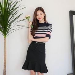 BONGJA SHOP - Stripe Knit Top