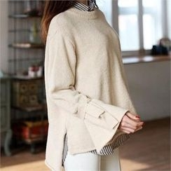 CHICFOX - Slit-Side Round-Neck Sweater