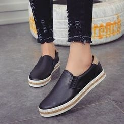 Chryse - 仿皮輕便鞋