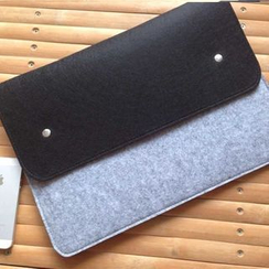 Bien - 11'-15' Color-Block Felt Laptop Sleeve