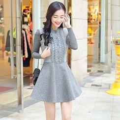 Romantica - Lace-Panel A-Line Dress