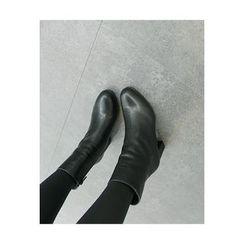 ATTYSTORY - Plain Short Boots