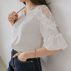 WITH IPUN - Elbow-Sleeve Mesh-Panel Lace-Trim Top