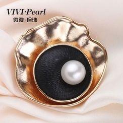 ViVi Pearl - Freshwater Pearl Brooch