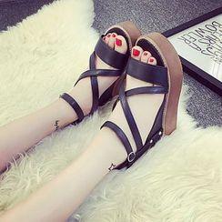 Wello - Cross Strap Platform Sandals