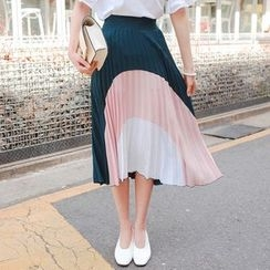 Cherryville - Color-Block Pleated Skirt
