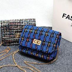 Velocia - Chain Strap Knit Cross Body Bag