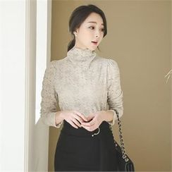 ode' - Mock-Neck Lace Top