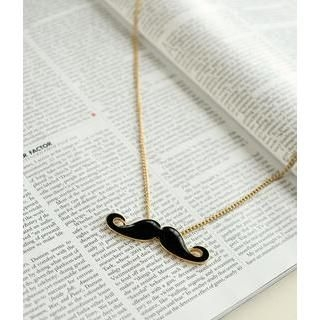 Petit et Belle - Moustache Chain Necklace