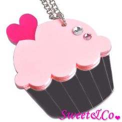 Sweet & Co. - Sweet&Co. XL Mirror Pink Cupcake Silver Necklace