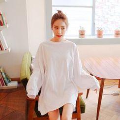 Cherryville - Crewneck Puff-Sleeve Mini T-Shirt Dress