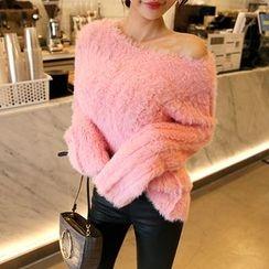 DABAGIRL - Slim-Fit Fury-Knit Sweater