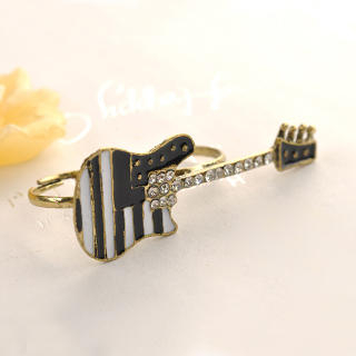 Fit-to-Kill - Double-ring Guitar Ring