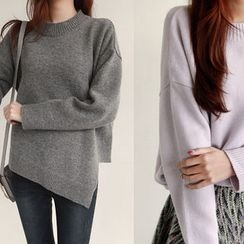 NIPONJJUYA - Asymmetric-Hem Wool Blend Knit Top