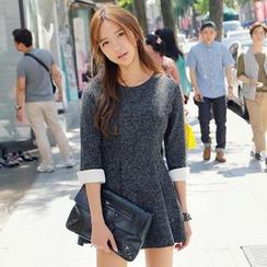 REDOPIN - Contrast-Cuff A-Line Dress