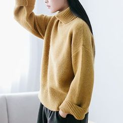 Plum Forest - Turtleneck Chunky Knit Sweater