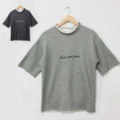 蔡先生 - 短袖刺繡 T 恤