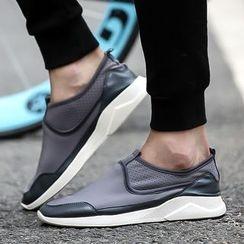 MR.GONG - 网布拼接轻便鞋
