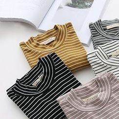 Meimei - Pinstriped Mock Neck Short Sleeve T-Shirt