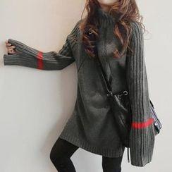 Saranghae - 条纹粗织长款毛衣