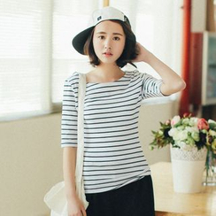 11.STREET - Stripe Short-Sleeve T-shirt