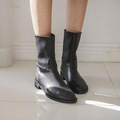 JUSTONE - Flat-Heel Short Boots
