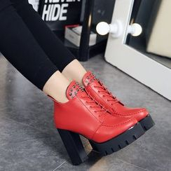 IYATO - Lace-Up Platform Ankle Boots