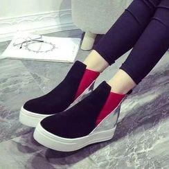 Yoflap - Metallic Panel Platform Ankle Boots