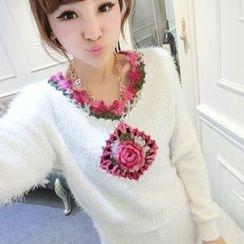Ando Store - Set: Flower-Detail Sweater + Skirt