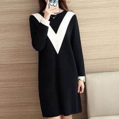 Bubbleknot - Chevron Long-Sleeve Knit Dress