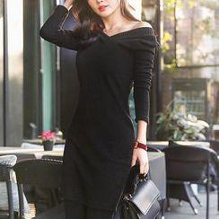 Seoul Fashion - V-Neck Ribbed Bodycon Dress