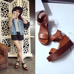 Romantina - Platform Genuine Leather Sandals