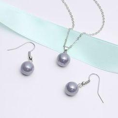 Okinlulu - Set: Faux Pearl Necklace + Hook Earrings