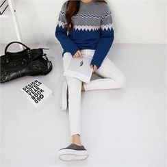 PEPER - Round-Neck Patterned Knit Top
