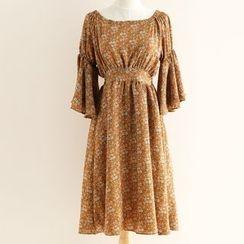 11.STREET - Printed Bell 3/4 Sleeve Midi Chiffon Dress