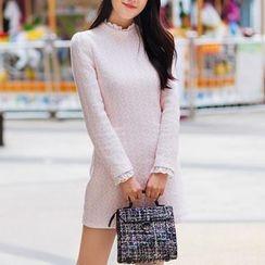 AiLiTi - Eyelet Lace Trim Patterned Shift Dress