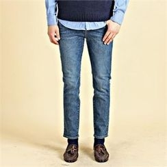 THE COVER - Washed Slim-Fit Jeans
