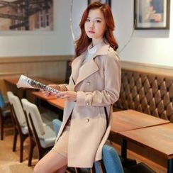 Styleberry - Contrast-Trim Trench Coat with Sash