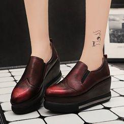 錦洋鞋業 - 翼紋厚底船跟樂福鞋