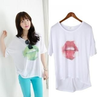 Cookie 7 - Lips Print T-Shirt