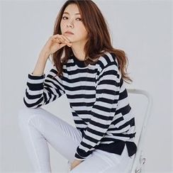 MAGJAY - Long-Sleeve Striped Top