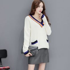 Romantica - Set: V-Neck Contrast-Stripe Sweater + Plain Skirt