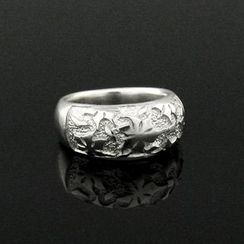 Sterlingworth - Flower Embossed Sterling Silver Ring