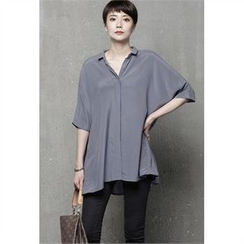 HALUMAYBE - Elbow-Sleeve Dip-Back Blouse